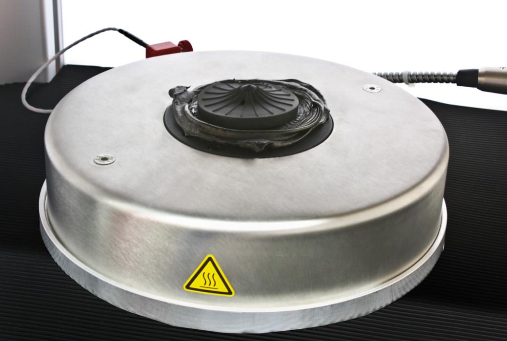 MV-3000-Basic_Prufkammer-mit-Probe_5.jpg