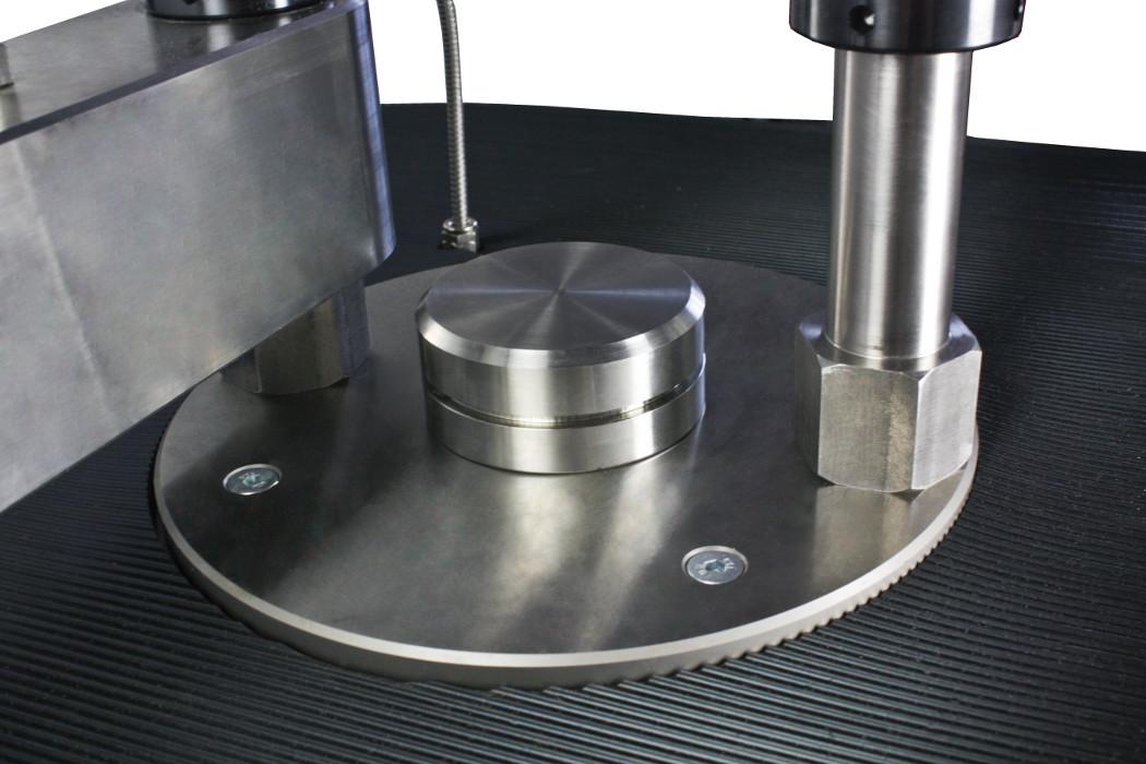 Compression cylinder